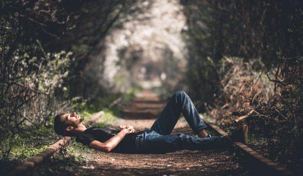 שינה זיכרון ופעילות מוחית