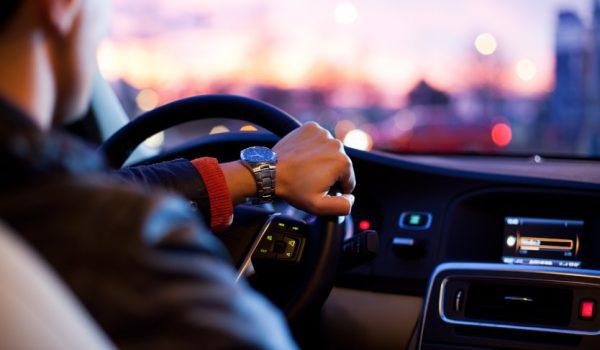כיצד נהיגה ופסיכולוגיה קשורים?